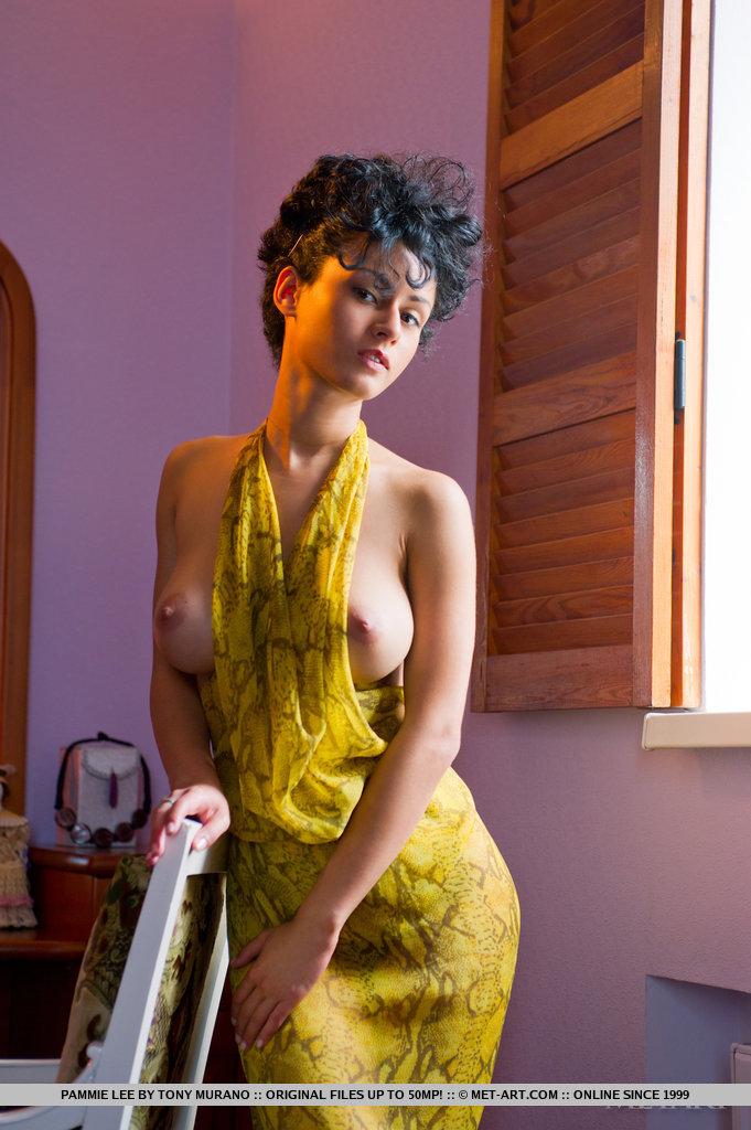 http://content.cdn.mpxgirls.com/382/95570/3acedaea6e923daaa89c4acc0d6b06b8/04.jpg