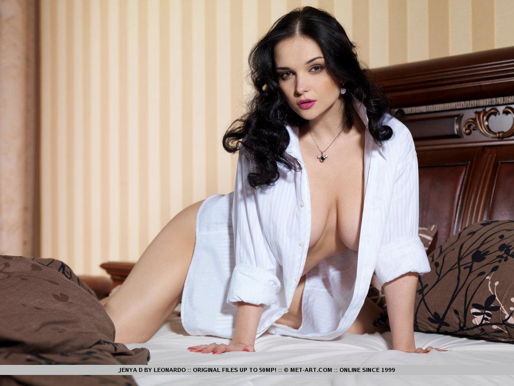 http://content.cdn.mpxgirls.com/382/96264/4d0fefbb0512311525c710b6b5a055cf/01.jpg