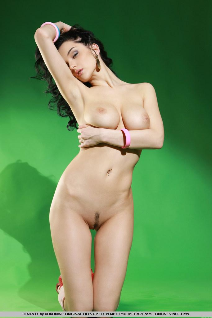 http://content.cdn.mpxgirls.com/382/96290/921e11cceaa2f33f47f6b89ce45ddc39/03.jpg