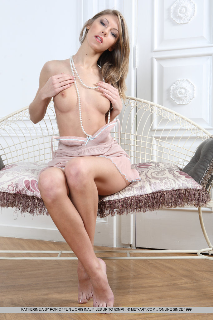 http://content.cdn.mpxgirls.com/382/96385/ef216a3ad6ac03627430b7f5d8a6ecf0/04.jpg
